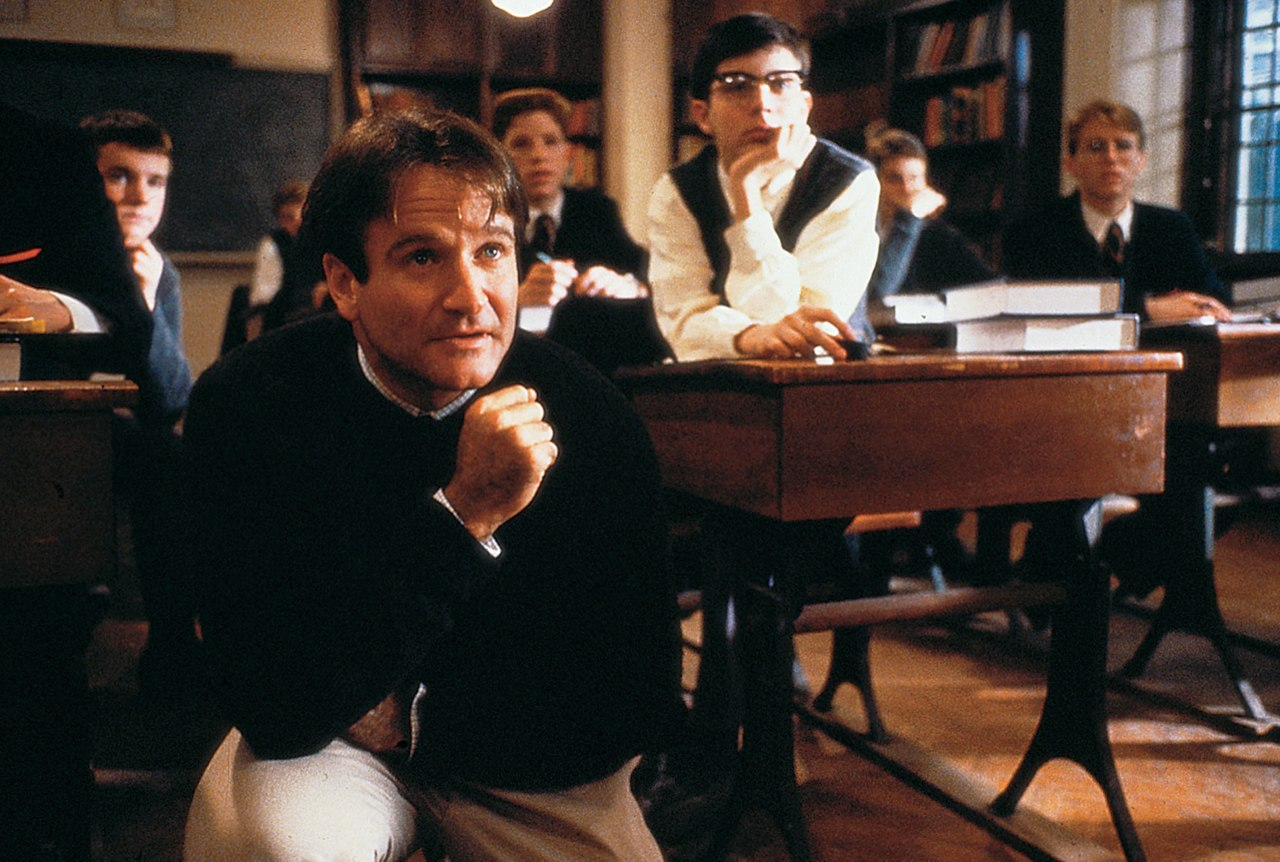 Robin Williams è il professore Keating in L'attimo Fuggente