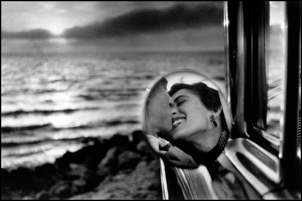 Foto di Elliott Erwitt scattata in California nel 1955