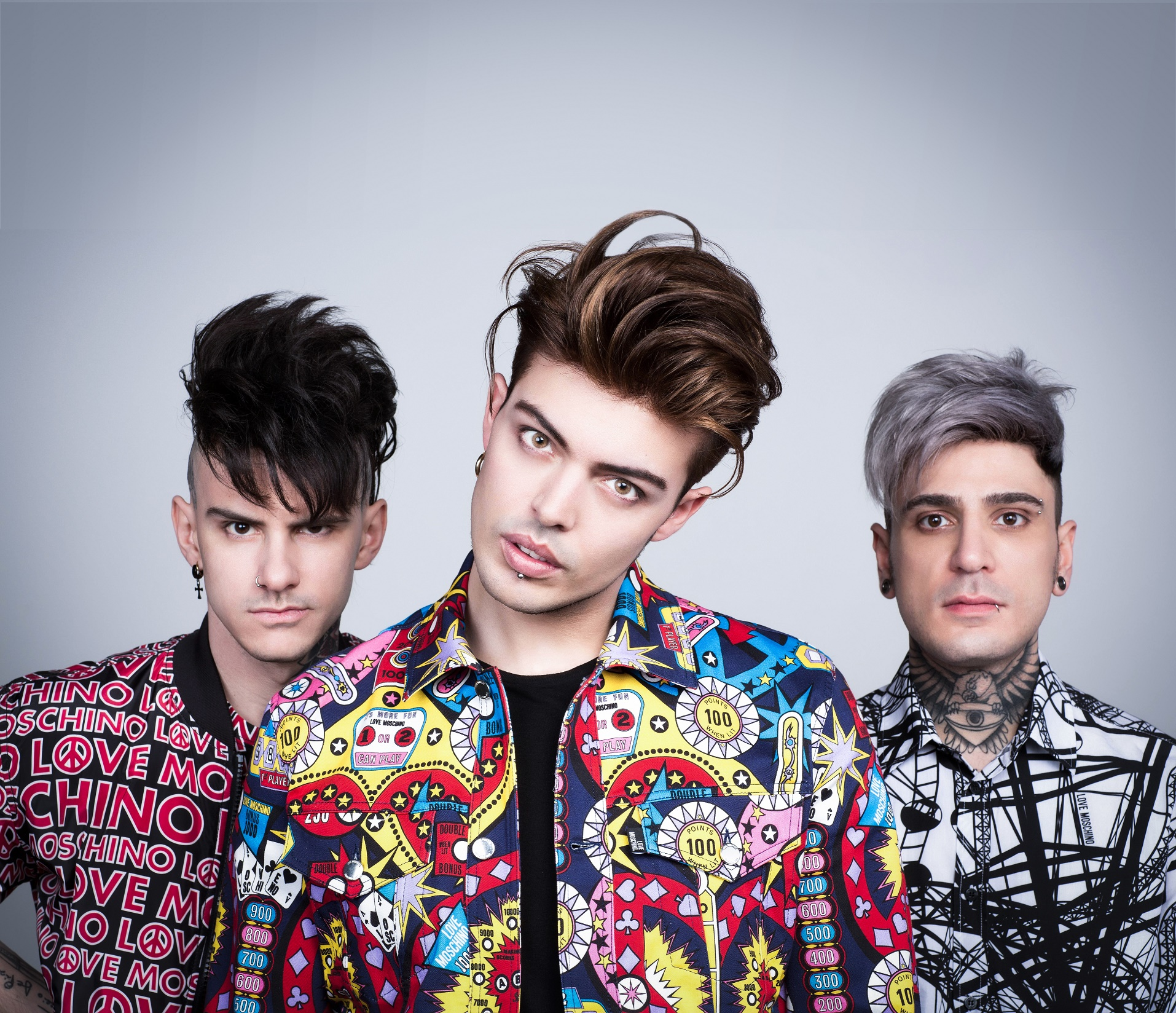 In foto, la band The Kolors. A Sanremo canteranno per la prima volta in italiano col brano Frida