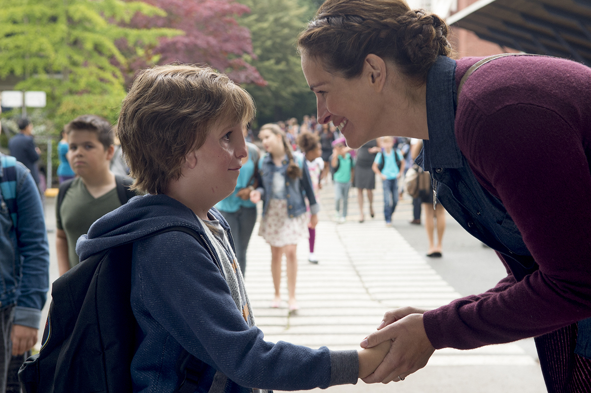 Jacob Tremblay e Julia Roberts in Wonder, di Stephen Chbosky