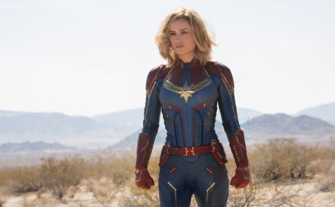 In foto, Brie Larson nei panni di Captain Marvel, sul set del prossimo cinecomic dei Marvel Studios, Captain Marvel
