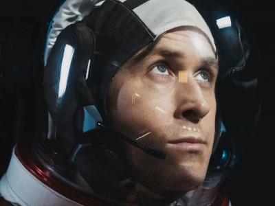 Ryan Gosling interpreta il cosmonauta Neil Armstrong nell'ultimo film di Damien Chazelle, First Man