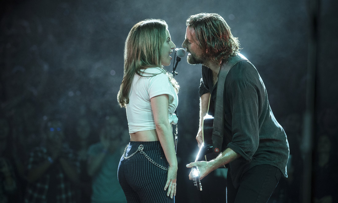 Bradley Cooper e Lady Gaga nel film A Star is Born