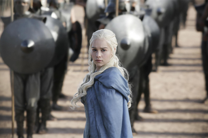 Emilia Clarke nei panni di Daenerys Targaryen in Game of Thrones